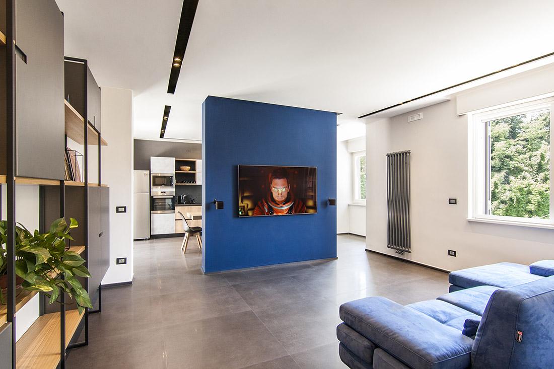 appartamento-spazio-blu-pucciarelli-architetti-moderno-design-soggiorno