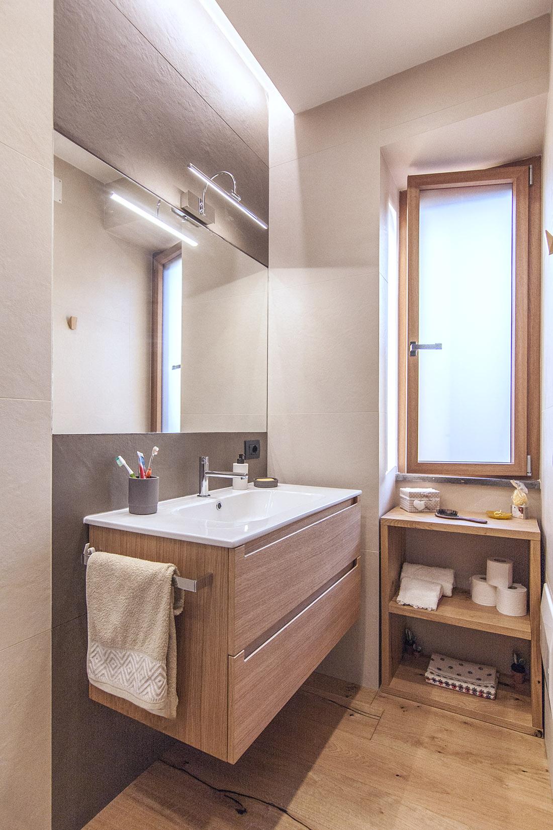 casa-tao-napoli-tufo-a-vista-recupero-moderno-pucciarelli-architetti-bagno-2