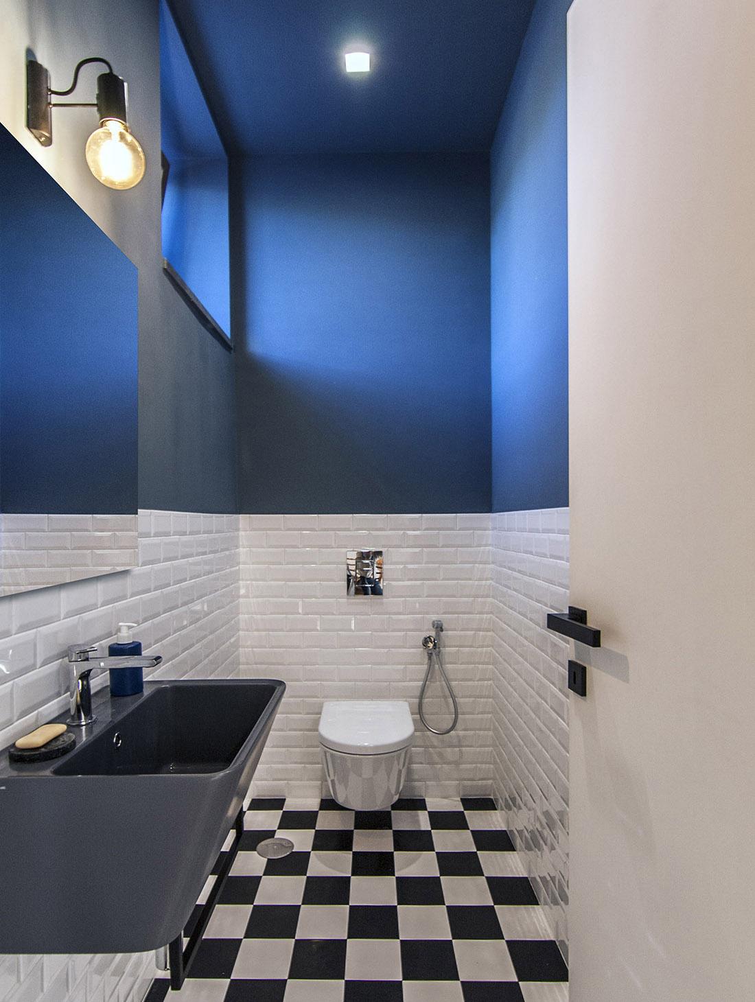 casa-tao-napoli-tufo-a-vista-recupero-moderno-pucciarelli-architetti-bagno