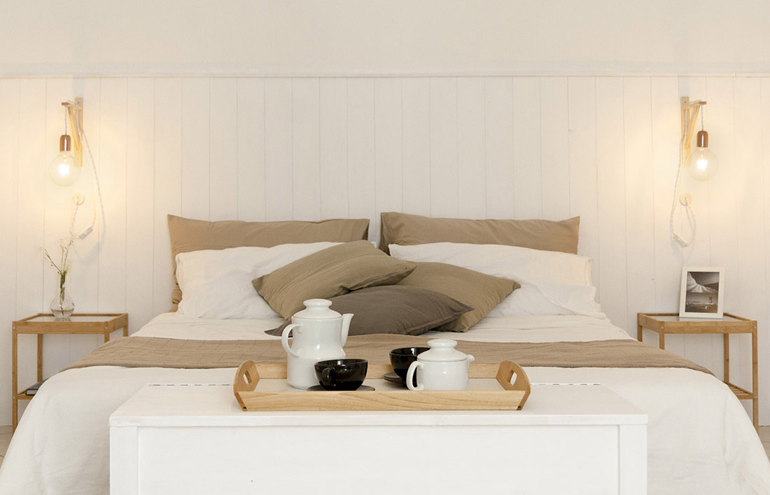 s-eframo-lovely-house-bnb-camera-da-letto-boiserie-low-cost-interior-design-basso-napoli