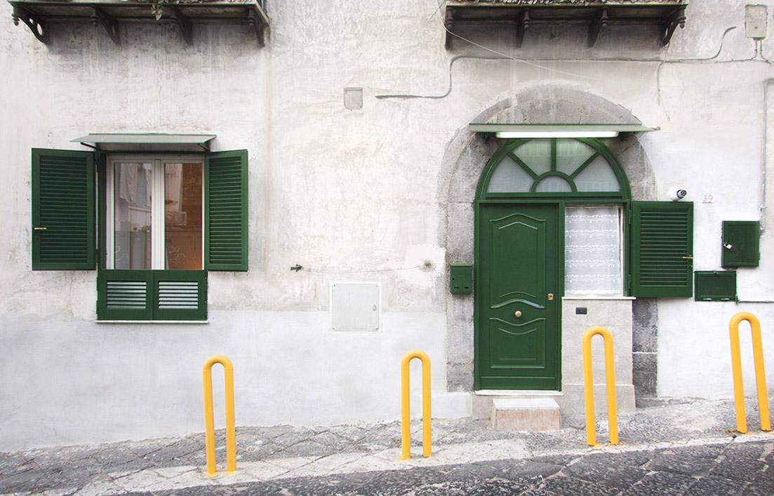 s-eframo-lovely-house-bnb-esterno-low-cost-interior-design-basso-napoli