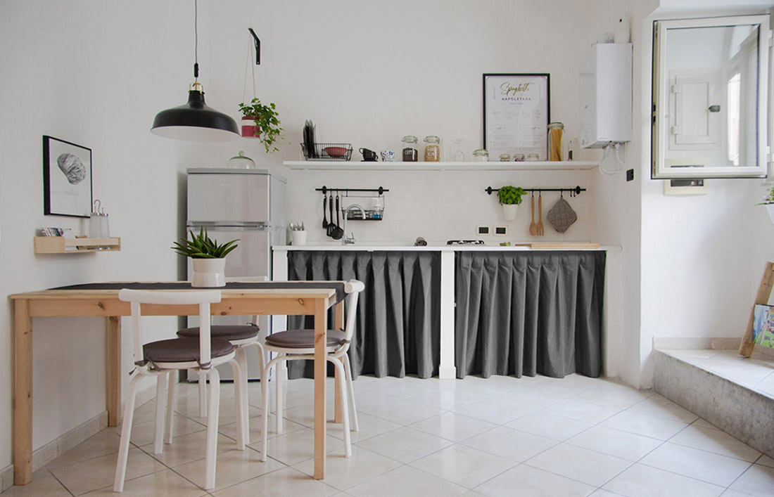 s-eframo-lovely-house-bnb-ingresso-cucina-low-cost-interior-design-basso-napoli